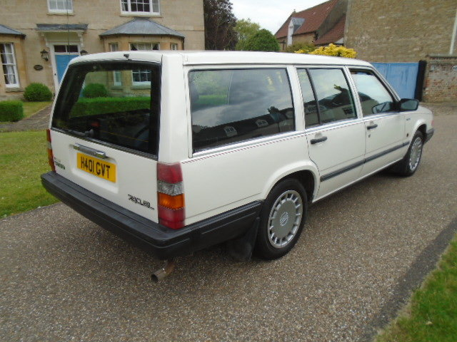 1990 Volvo 740 GL Auto Estate.  For Sale (picture 4 of 6)
