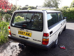 1993 Volvo 240 SE ESTATE For Sale