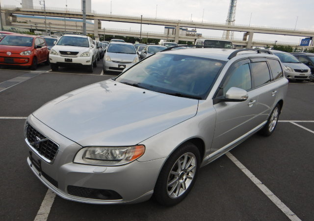 VOLVO V70 2008 SE 3.2 AUTOMATIC FULL LEATHER  For Sale (picture 1 of 6)