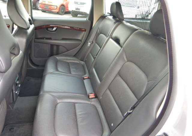 VOLVO V70 2008 SE 3.2 AUTOMATIC FULL LEATHER  For Sale (picture 4 of 6)