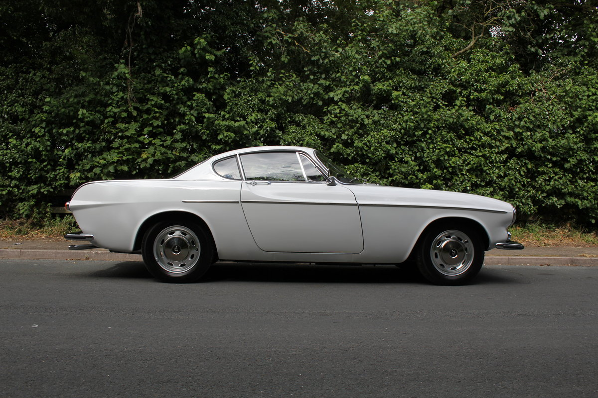 1967 Volvo P1800 - Full nut and bolt rebuild just completed SOLD (picture 7 of 12)