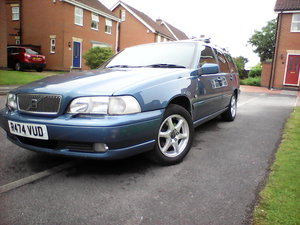 1997 CLASSIC VOLVO V70 2.5 20V ESTATE SUPERB LOW MILES For Sale