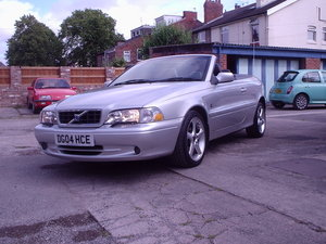 Picture of 2004 VOLVO C70 CONVERTIBLE SOLD