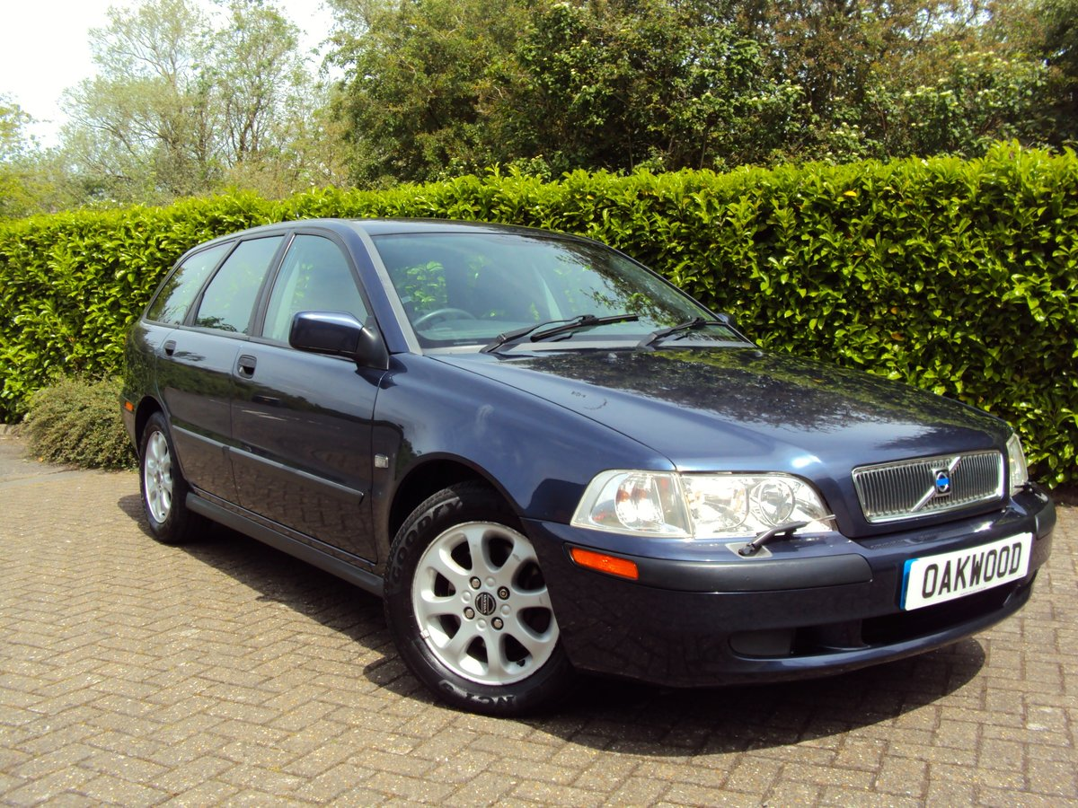 2001 A RARE LOW MILEAGE AUTOMATIC VOLVO V40 **NOW SOLD** For Sale (picture 1 of 6)
