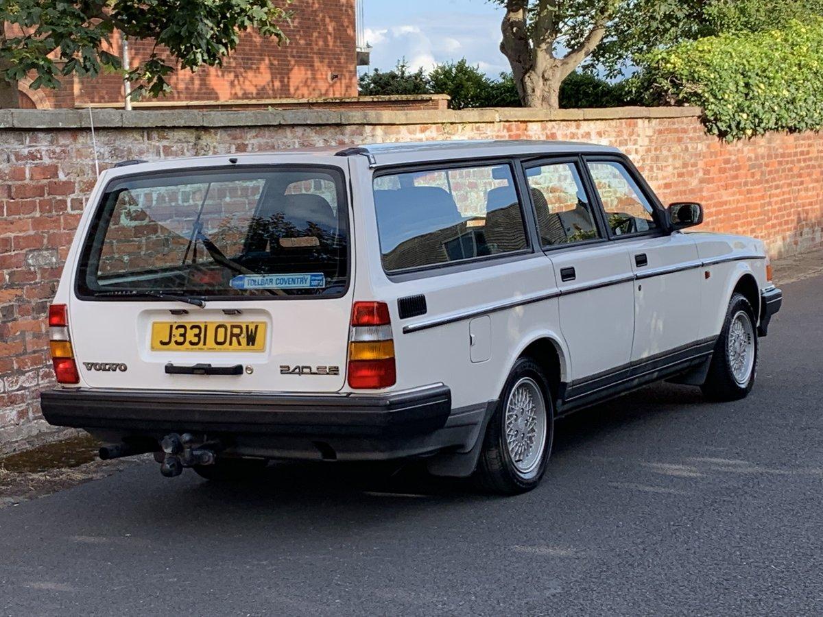 1992 VOLVO 240 SE 2.0 AUTO ESTATE. 51,000 MILES For Sale (picture 3 of 6)