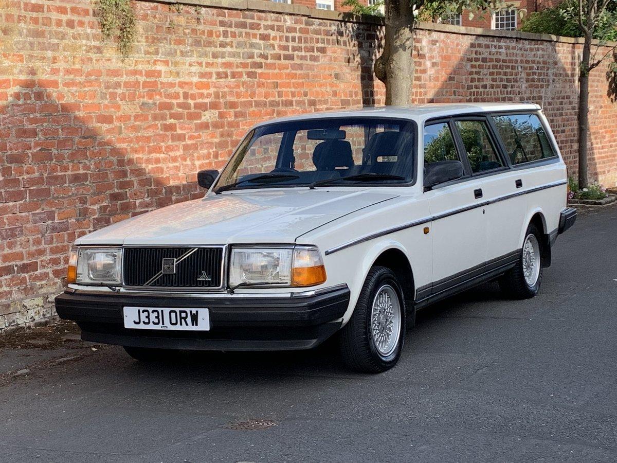 1992 VOLVO 240 SE 2.0 AUTO ESTATE. 51,000 MILES For Sale (picture 4 of 6)