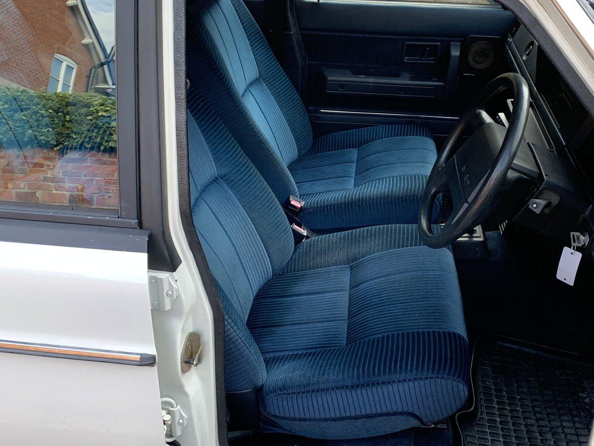 1992 VOLVO 240 SE 2.0 AUTO ESTATE. 51,000 MILES For Sale (picture 5 of 6)