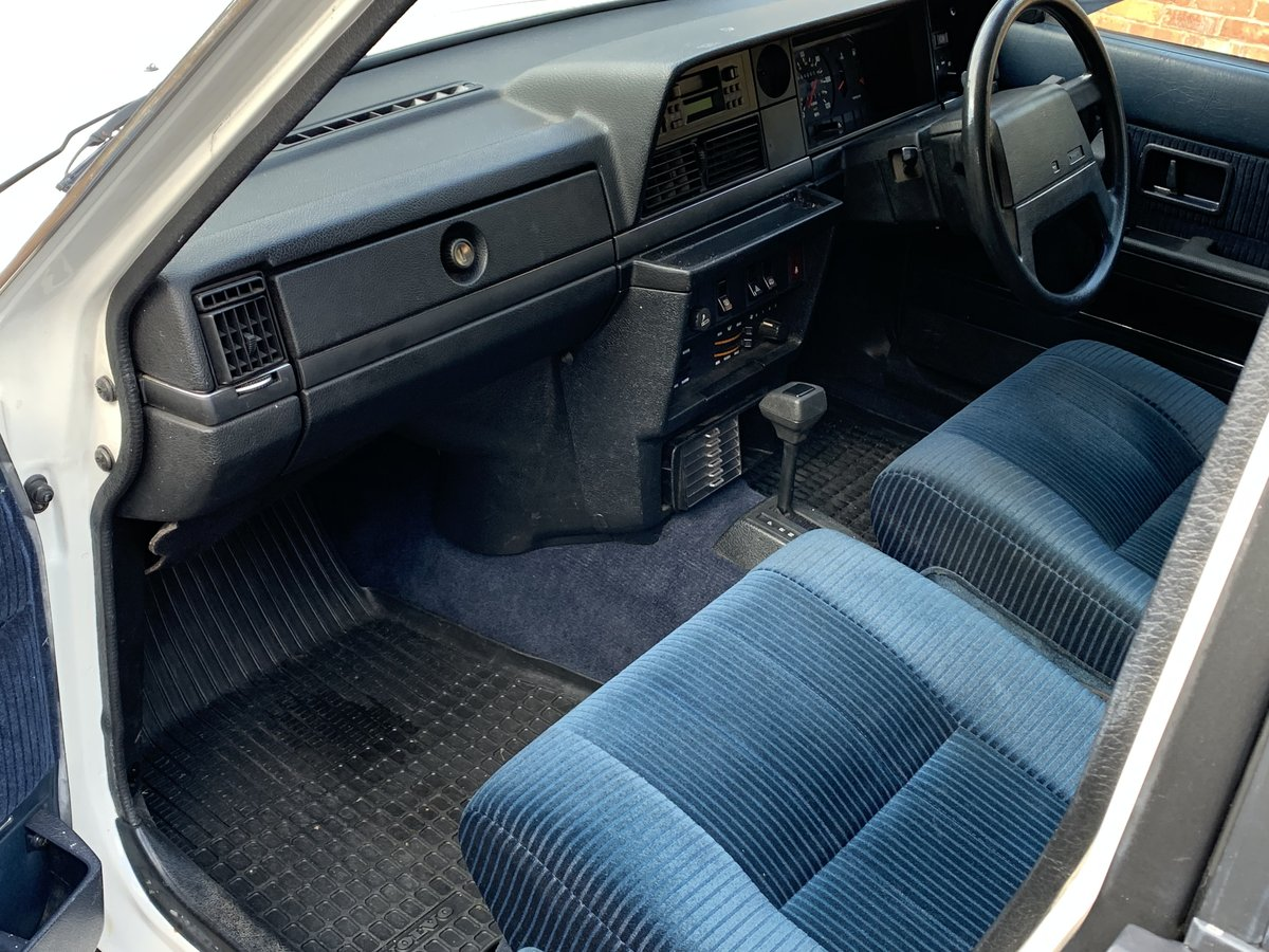 1992 VOLVO 240 SE 2.0 AUTO ESTATE. 51,000 MILES For Sale (picture 6 of 6)