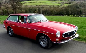 1971 VOLVO 1800 ES BRIGHT RED, TAN LEATHER, SUN ROOF, MANUAL. For Sale