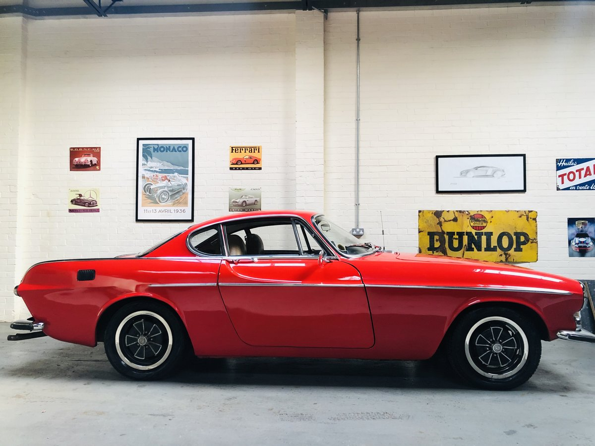 1971 VOLVO P1800 P1800E COUPE  - EXCELLENT HISTORY, VALUE SOLD (picture 3 of 6)