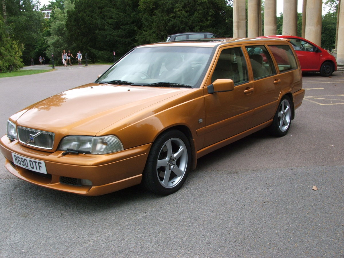 1998 Volvo V70R Auto 2 Wheel Drive For Sale (picture 1 of 6)