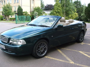 2001  Volvo C702.0 T Convertible manual