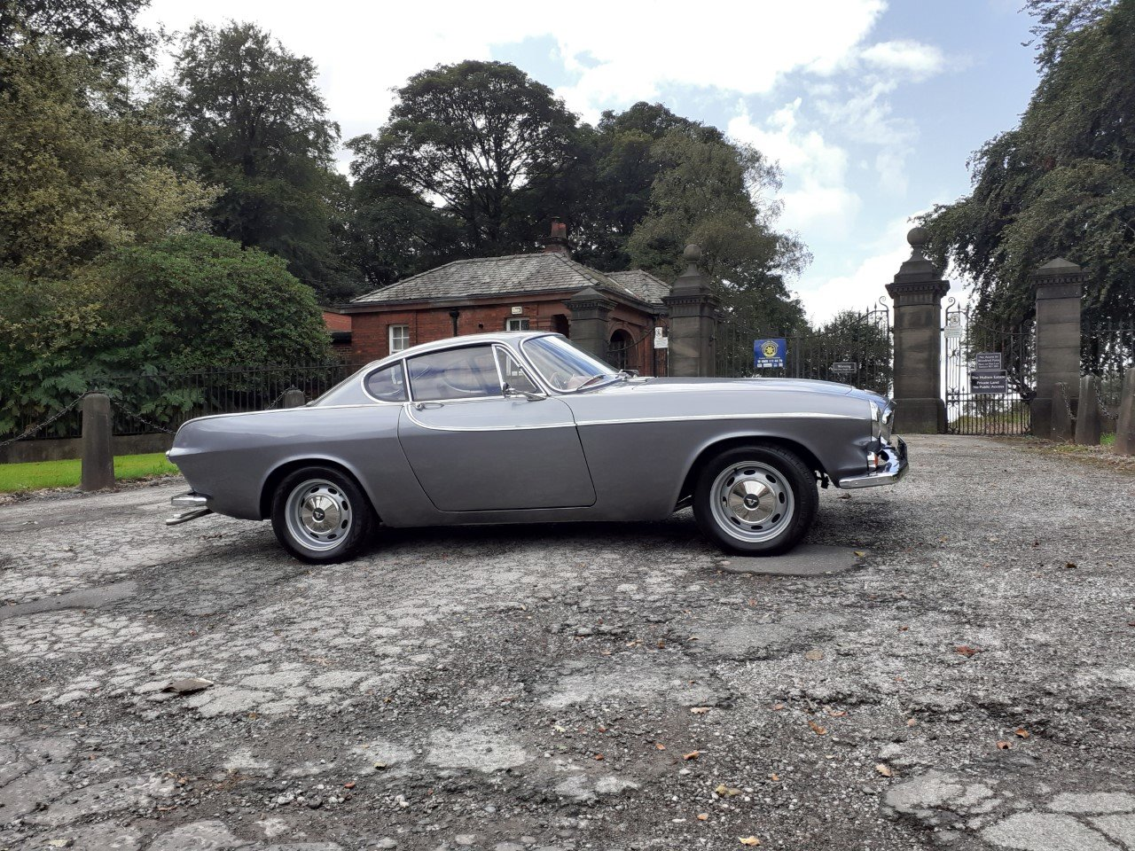 VOLVO P1800S SILVER For Sale (picture 2 of 6)
