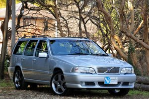 1999 V70R Estate - Phase 3 model. Super low mileage. Perfection.