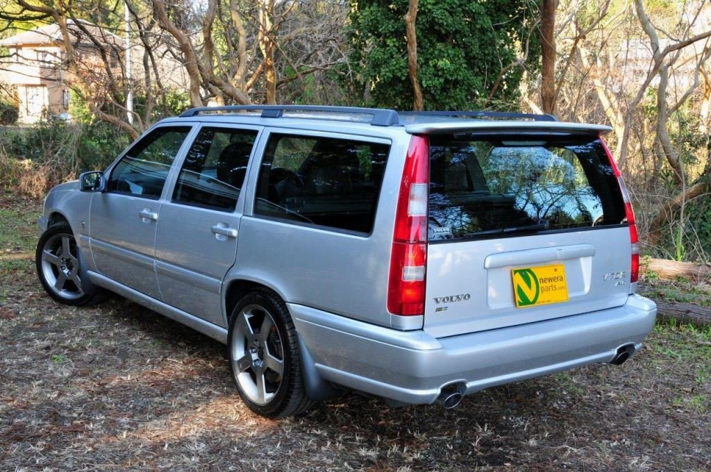 1999 V70R Estate - Phase 3 model. Super low mileage. Perfection. For Sale (picture 2 of 6)