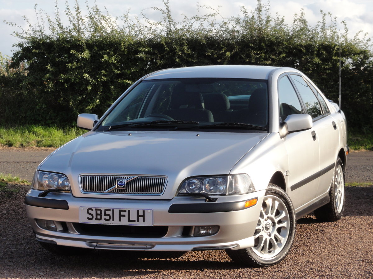Volvo S40 S 1.8 Saloon, 2002 / 51 Reg, Only 24k Miles SOLD (picture 2 of 6)