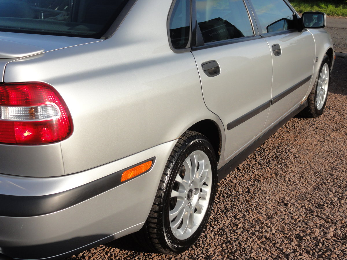 Volvo S40 S 1.8 Saloon, 2002 / 51 Reg, Only 24k Miles SOLD (picture 5 of 6)