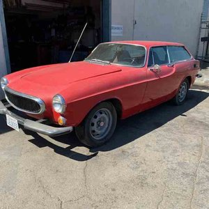 1974 Volvo P1800ES Wagon = Project Runs Auto Red $8.9k