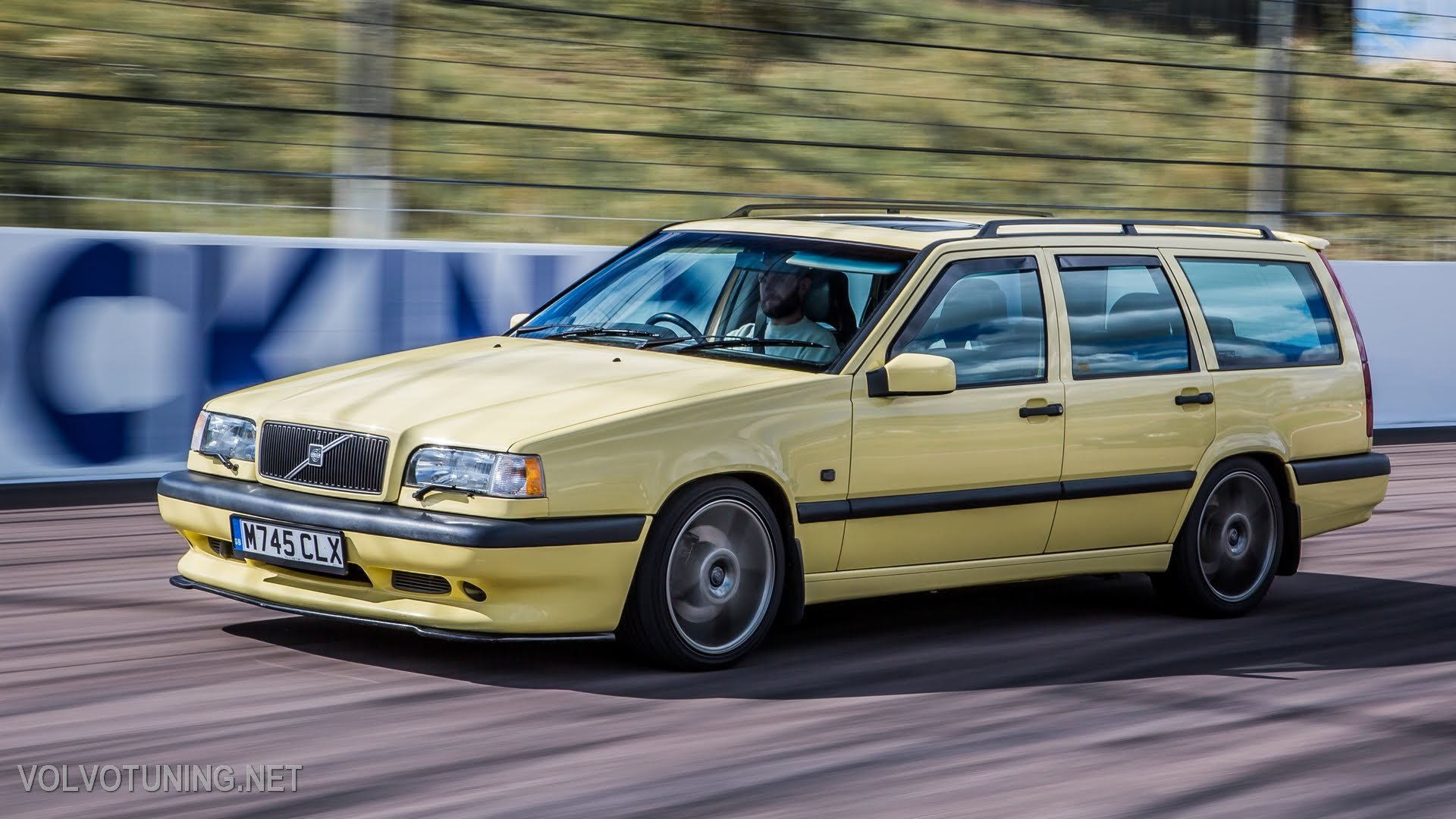 1995 Volvo 850 T-5R ( T5R 850R ) SOLD (picture 1 of 6)