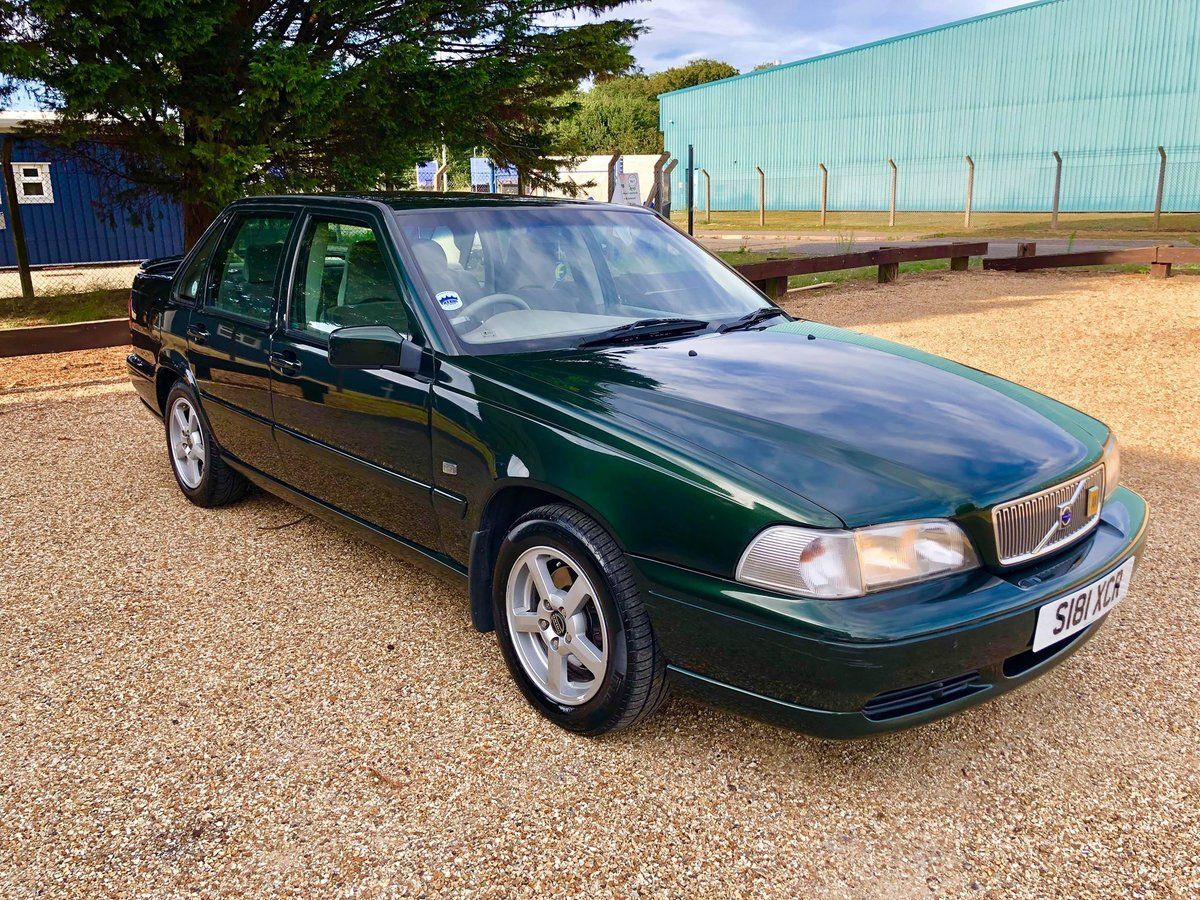 1999 Volvo S70 2.5 5 Cylinder [168 BHP] Automatic For Sale (picture 1 of 6)
