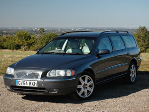 2004 Volvo V70 2.4 SE 2 Keepers, 49,000m, Main Dealer History, 5