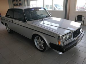 1983 Volvo 242 Turbo -83 SOLD