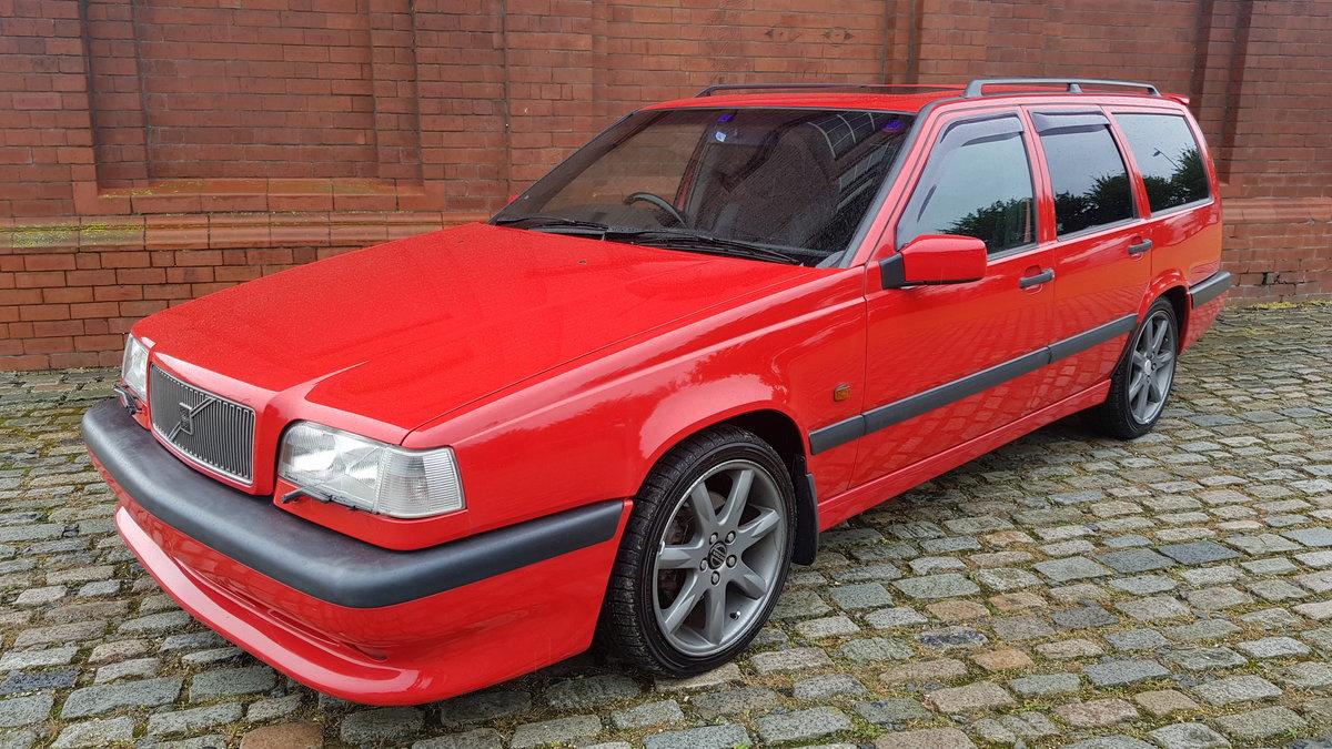1996 VOLVO 850R ESTATE 2.3 AUTOMATIC RARE MODERN CLASSIC * FRESH  For Sale (picture 1 of 6)