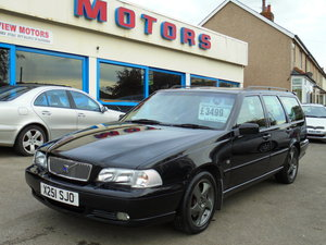 2000 Volvo v70 t5! Sought after