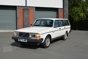 1991 Volvo 240 GL Estate Automatic For Sale by Auction