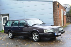 1997 Volvo 940 CD Classic Estate For Sale by Auction