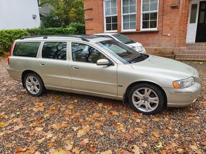 2005 EXCEPTIONAL VOLVO V70 SE AWD AUTOMATIC FSH YEARS MOT