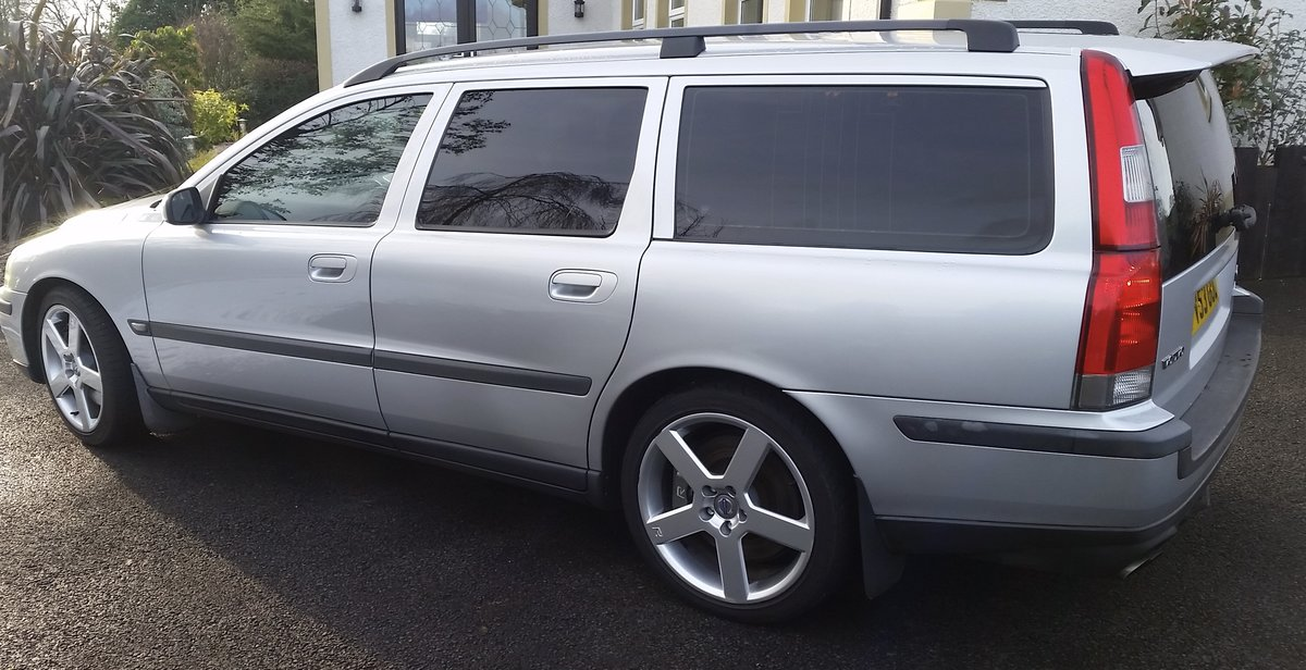 2003 VOLVO V70R For Sale (picture 2 of 6)