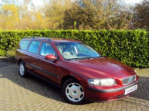 2002 A RARE LOW MILEAGE V70!! ONLY 44K MILES - FSH 17 x SERVICES!