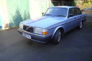 1991 Volvo 240 GL Auto Saloon Pristine
