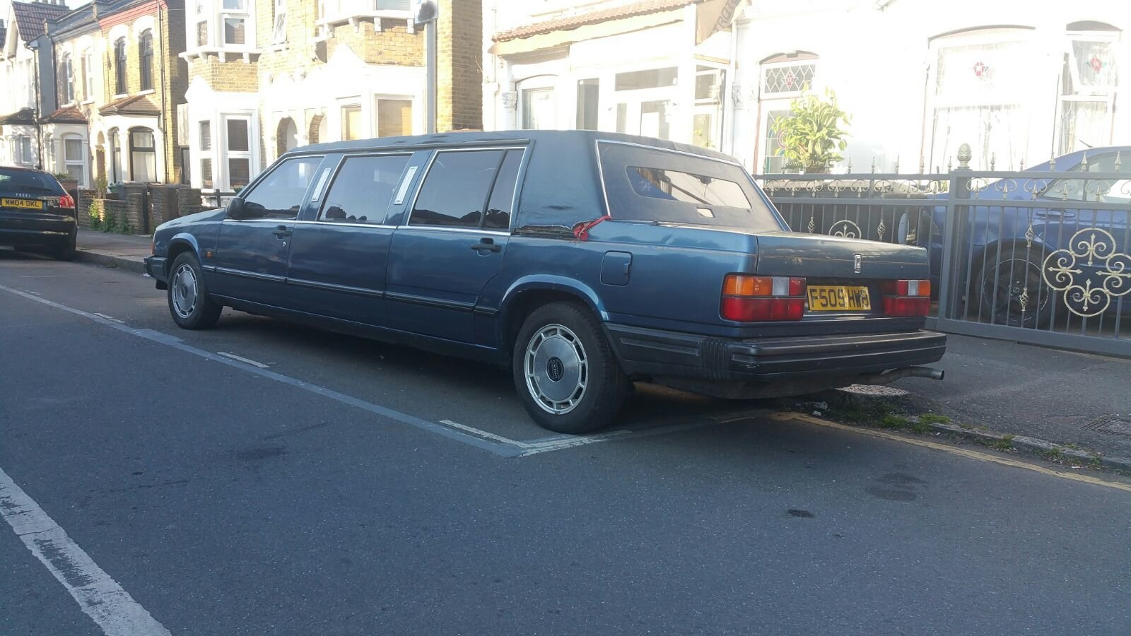 1989 volvo limousine NOT 6 DOORS extremely  rare  For Sale (picture 6 of 6)