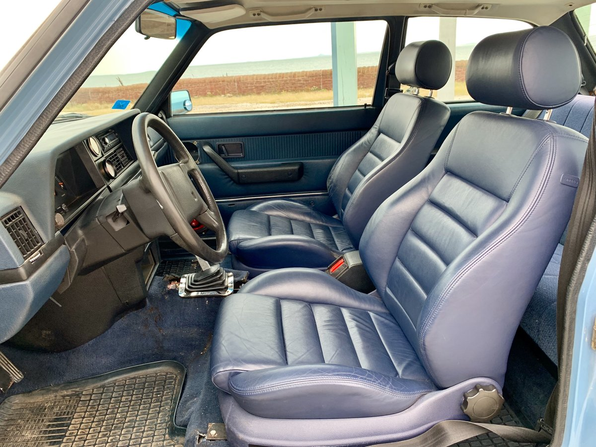1982 Volvo 242 V8 two door For Sale (picture 5 of 6)
