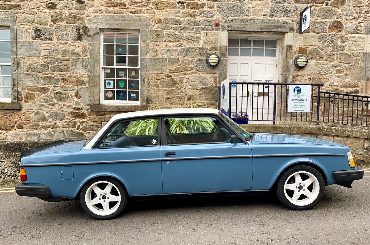 1982 Volvo 242 V8 two door For Sale (picture 6 of 6)