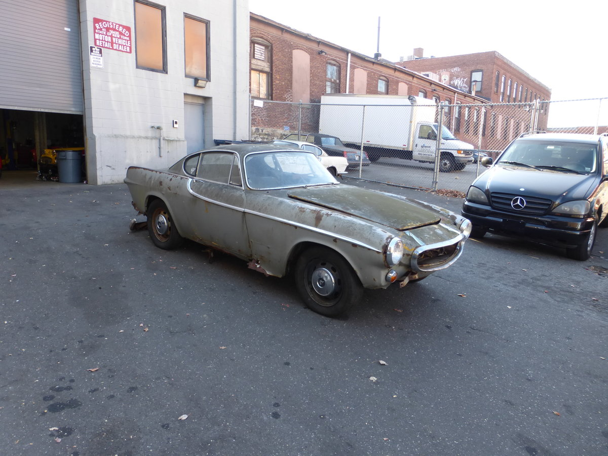 1965 Volvo P1800S Parts Car Or Total Restoration - For Sale (picture 1 of 6)