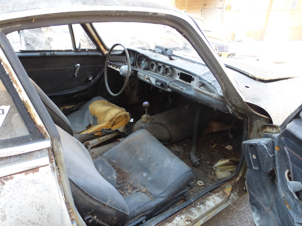 1965 Volvo P1800S Parts Car Or Total Restoration - For Sale (picture 5 of 6)