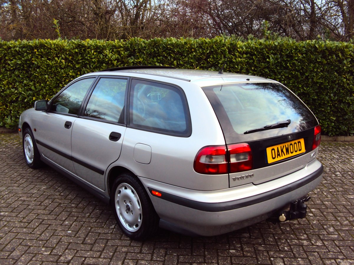 1997 A Wonderful Low Mileage Volvo V40 2.0 Petrol Estate NOW SOLD For Sale (picture 3 of 6)