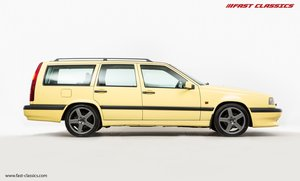 1995 VOLVO 850 T5-R // UK SUPPLIED // GUL YELLOW // 57K MILES