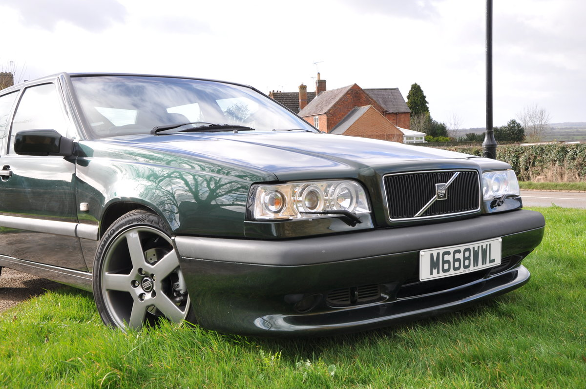 1995 Volvo 850 T5R A superb rare modern classic For Sale (picture 2 of 6)