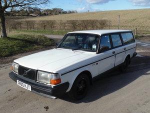 1981 Volvo 240 GLT Estate SOLD