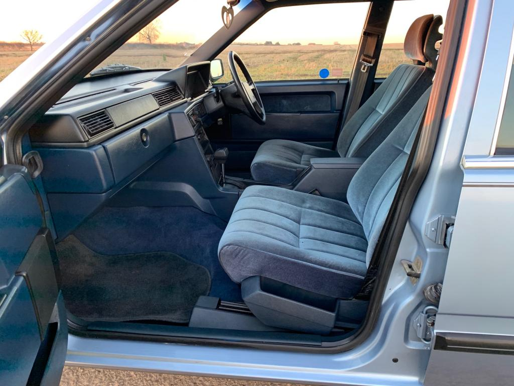 Stunning 1989 Volvo 760 GLE 2.3 Auto Estate  For Sale (picture 3 of 6)