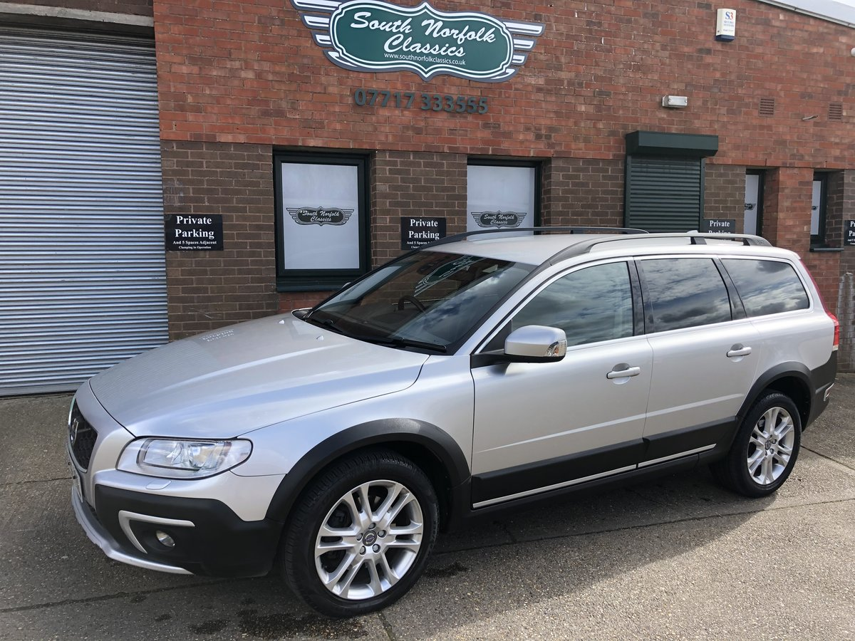 2015 Volvo XC70 D5 AWD SE LUX SAT NAV SOLD (picture 1 of 6)