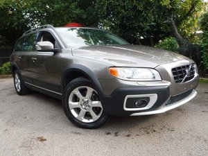 Volvo XC70 3.2 SE Geartronic 5dr Petrol