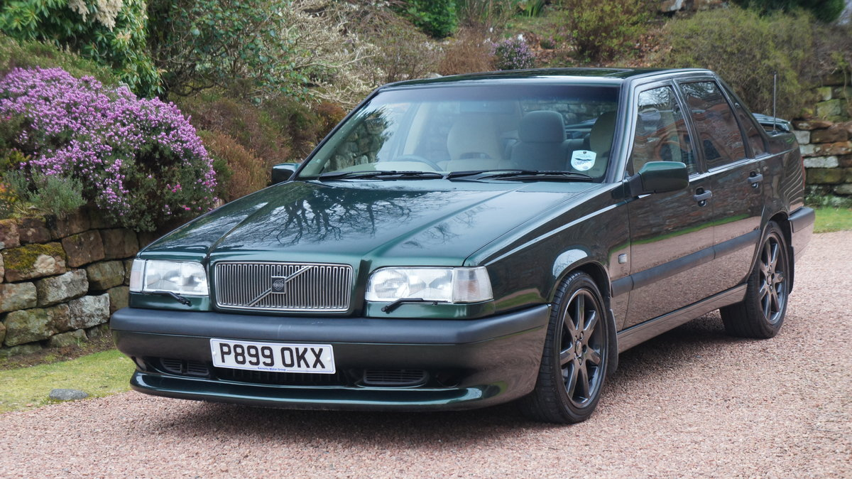 1996 Volvo 850r saloon ultra rare manual investment For Sale (picture 1 of 6)