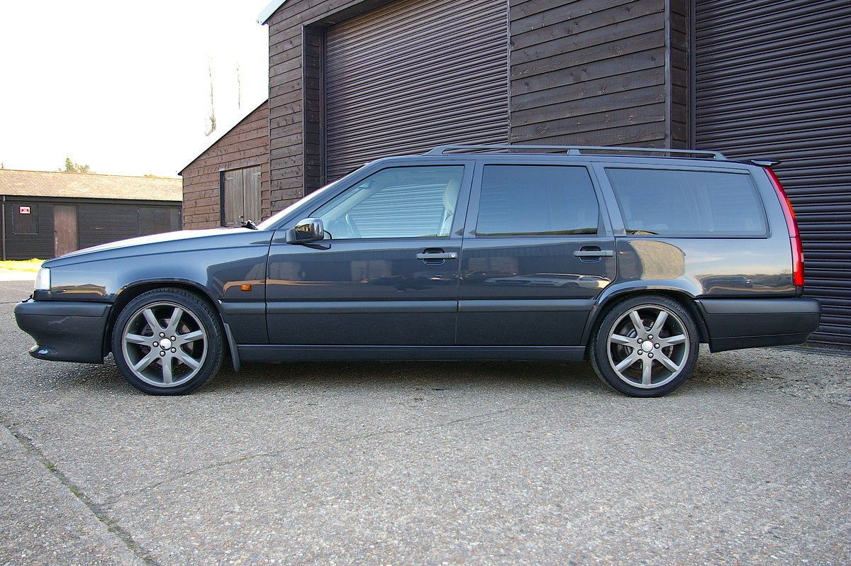 1996 Volvo 850 R 2.3 Estate Automatic (39,888 miles) SOLD (picture 2 of 6)