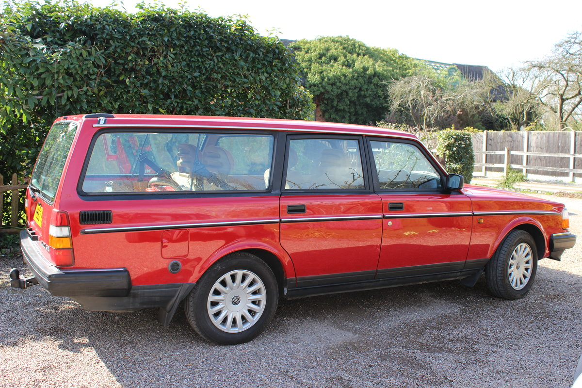1992 Volvo 240 se estate 2.0 l  lpg conversion For Sale (picture 4 of 6)