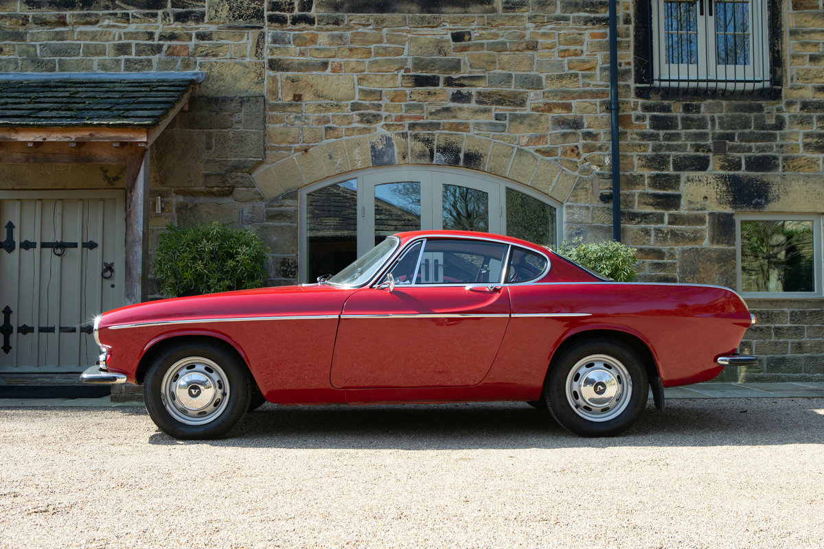 1967 Volvo P1800S Overdrive Coupe  SOLD (picture 3 of 6)